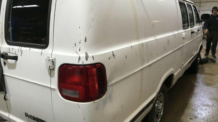 2001 Dodge HEAVY DUTY 3/4 TONNE EXTENDED WORK VAN