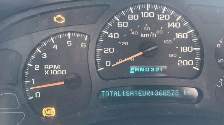 2005 GMC HD 2500 OLD RUFF AND TUFF 6.0L VORTEC