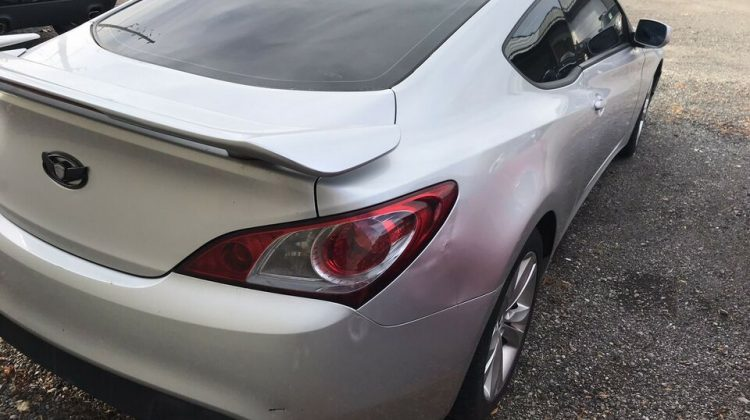 Hyundai Genesis Coupe Coupe (2 door)