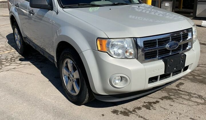 2009 FORD ESCAPE XLT 4X4 CERTIFIED